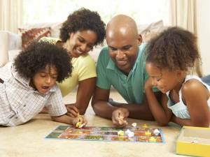 green-family-game-night-best-green-games-for-family
