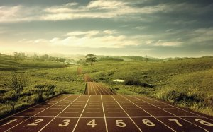 Long-Distance-Running-Desktop-Wallpaper