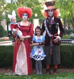 homemade-matching-family-halloween-costumes-4