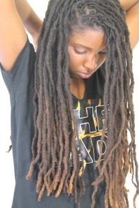 Dread-Locs-and-Sister-Locs-Hairstyles-For-Black-Women