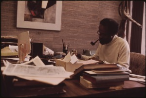LERONE_BENNETT,_WELL_KNOWN_BLACK_WRITER_WHO_IS_SENIOR_EDITOR_AT_EBONY_MAGAZINE,_IN_HIS_OFFICE_AT_JOHNSON_PUBLISHING..._-_NARA_-_556250