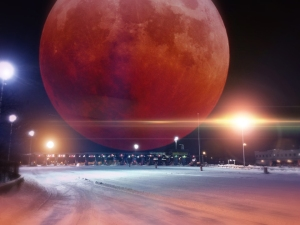 throgs_neck_super_blood_moon_by_bobbyboggs182-d8lhosv