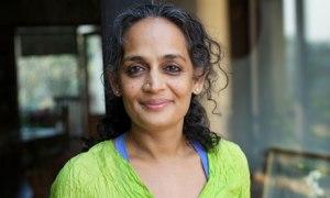 Arundhati-Roy-007