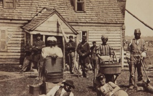 Contrabands_at_Headquarters_of_General_Lafayette_by_Mathew_Brady